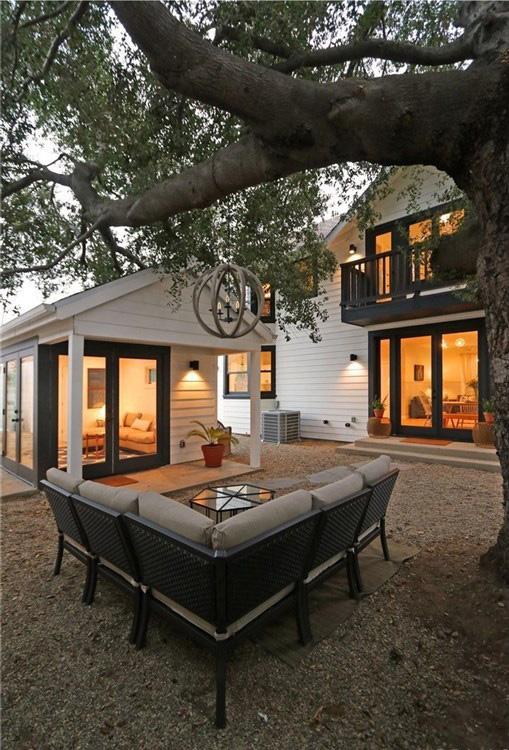 3-6511 Crescent Backyard with Studio2