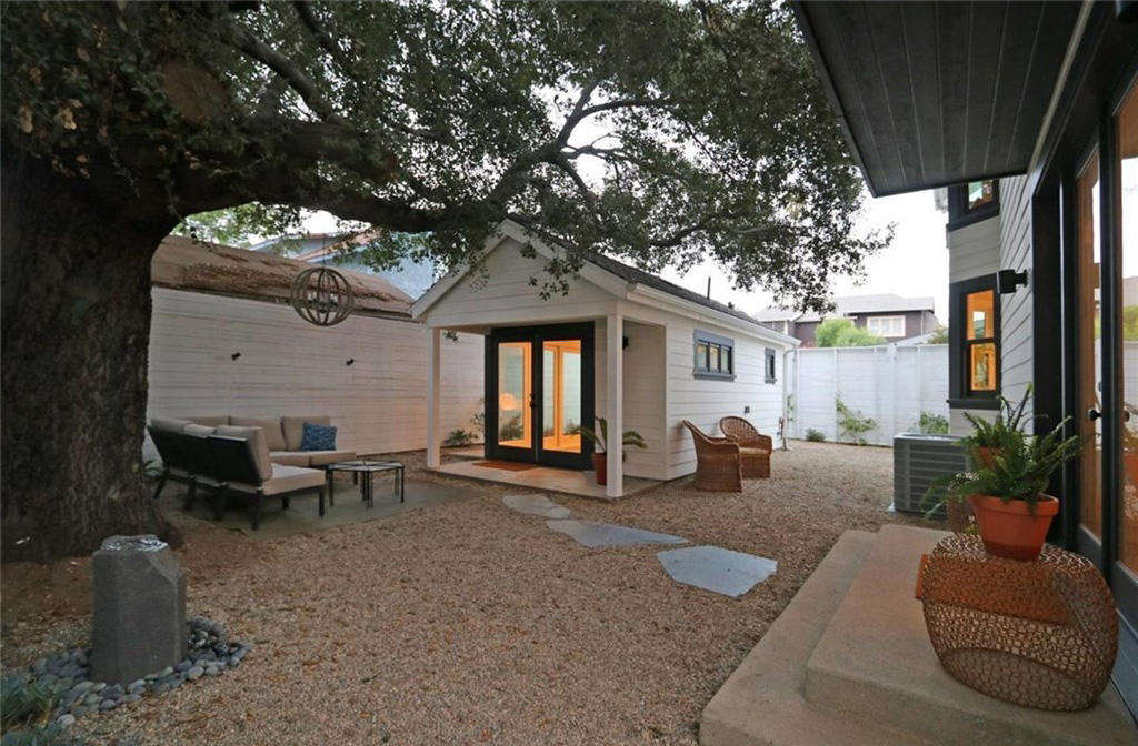 4-6511 Crescent Backyard with Studio1